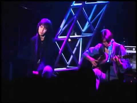 WANDS 世界中の誰よりきっと【LIVE】 - YouTube