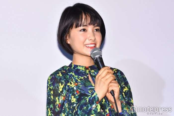 葵わかな、10歳のデビュー前写真を公開「整いすぎてる」「世界一可愛い小学生」と話題 - モデルプレス