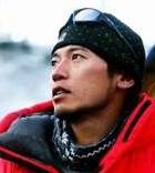 登山家・栗城史多氏がエベレスト登頂へ 指9本失うも8度目の挑戦