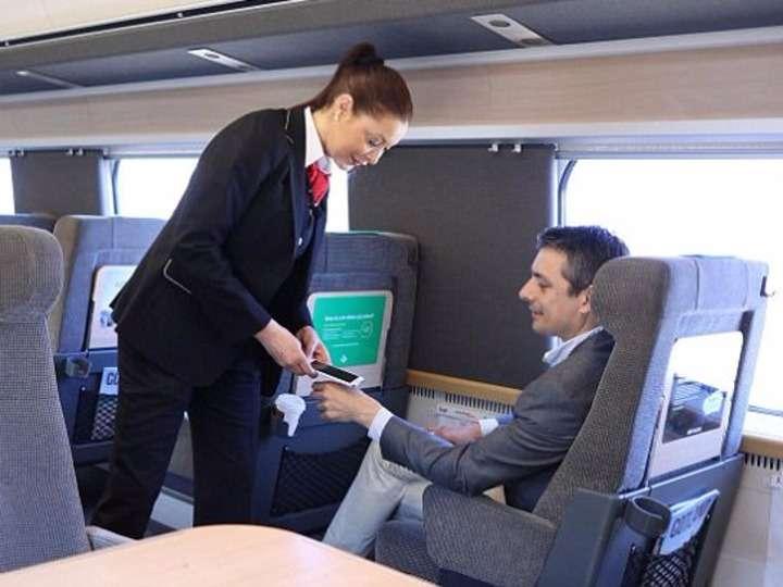 「体内Suica」で乗り放題! スウェーデンの鉄道が新システムを導入   BUSINESS INSIDER JAPAN
