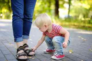 幼児のいるママさん、どんなサンダル履きますか?