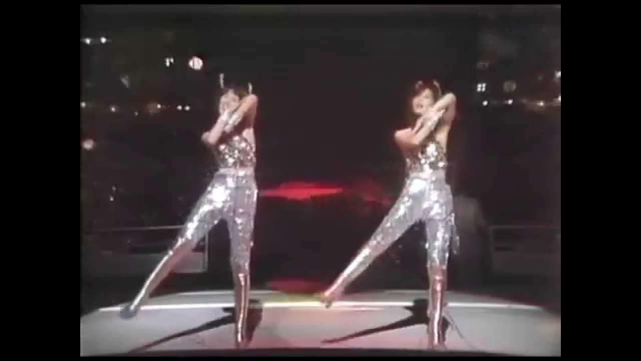 ピンク・レディー UFO (1978) - YouTube