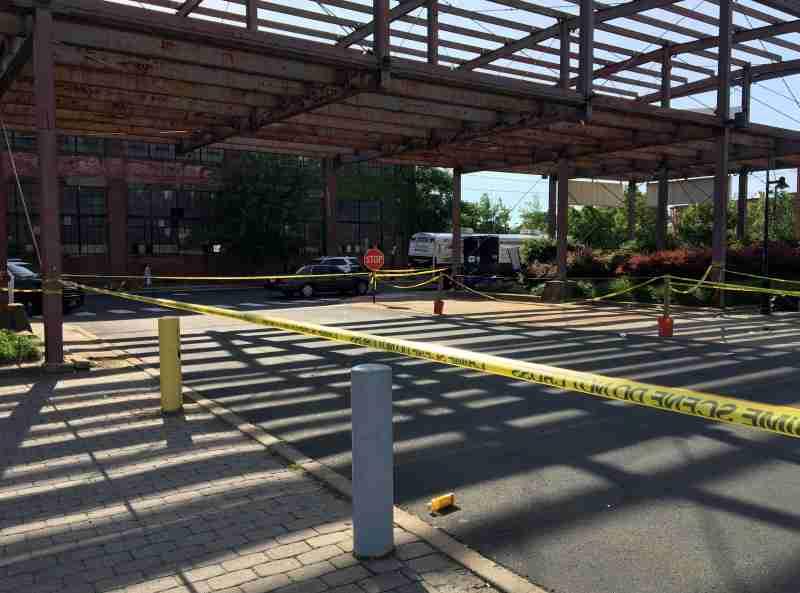 <米国>アートフェアで乱射事件 1人死亡、20人負傷