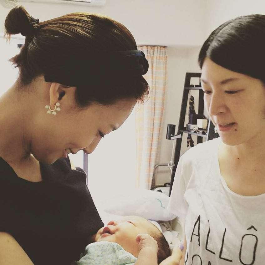 相武紗季、赤ちゃん抱き母親の表情「幸福感すごい」「めちゃくちゃ綺麗」
