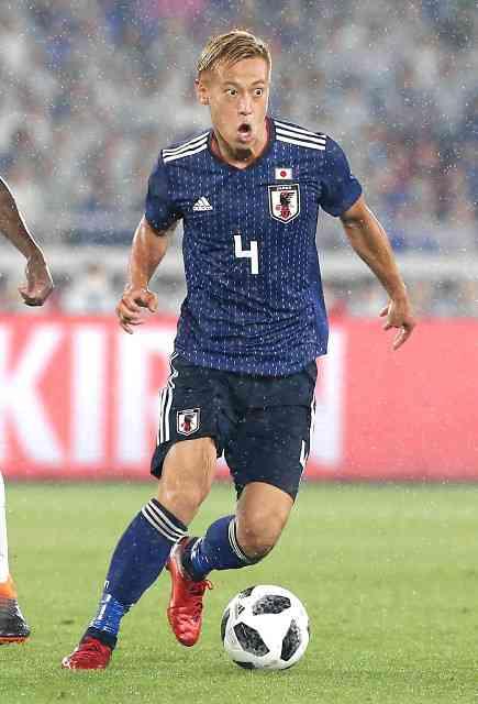 本田圭佑、ネット上での批判に「気持ちは分かるし、僕は味方ですからね」とツイート : スポーツ報知