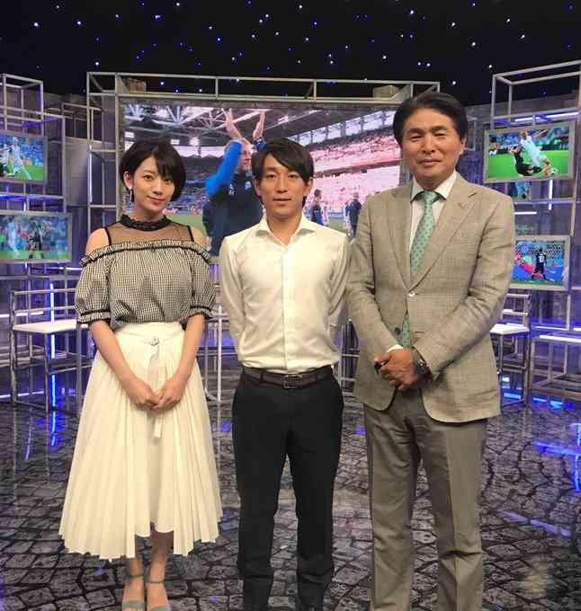 NHK W杯キャスター佐藤美希に非難殺到 失言、間違い…「先輩」足立梨花かばうも「黙っててほしい」
