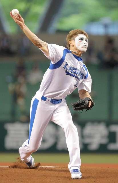 「プロの道を目指そうと」樽美酒研二が始球式で135キロをマーク (2018年6月27日掲載) - ライブドアニュース