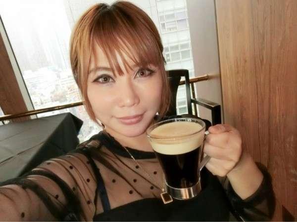 浜田ブリトニー、娘のブログ顔出しが物議 出産時の投稿写真にも批判の声 - リアルライブ