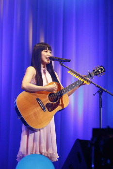 miwa 8年かけ47都道府県弾き語りライブ完走 目潤ませ「夢を叶えることができて感謝」― スポニチ Sponichi Annex 芸能