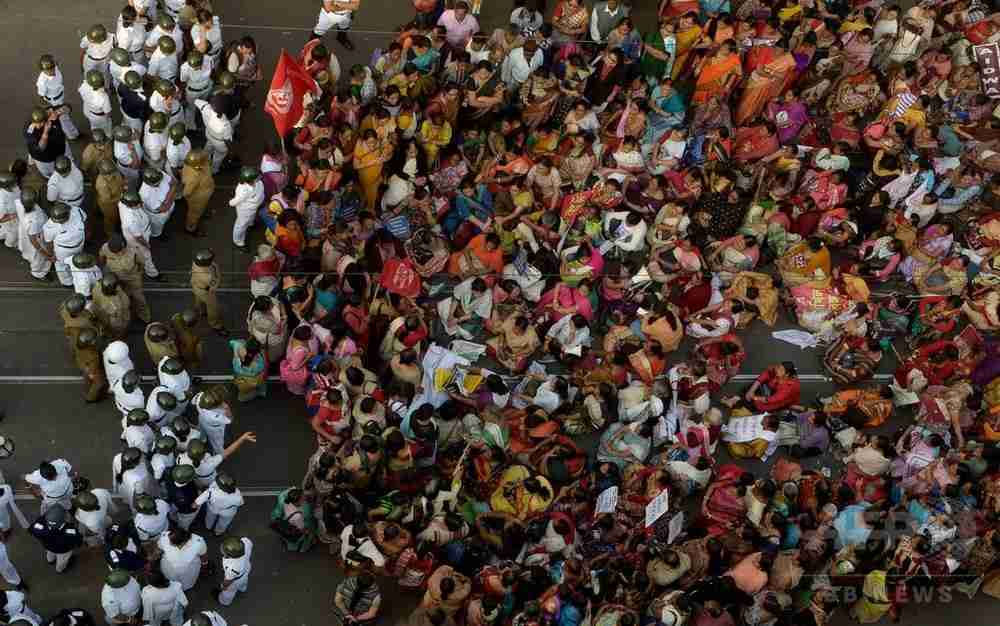 女子学生集団レイプ殺害、3人に死刑判決 インド 写真3枚 国際ニュース:AFPBB News