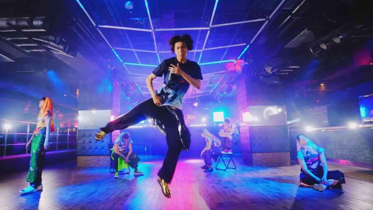 超特急「Party Maker(Dance Ver.)」MUSIC VIDEO - YouTube