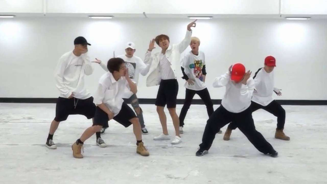 BTS 'FIRE' mirrored Dance Practice - YouTube
