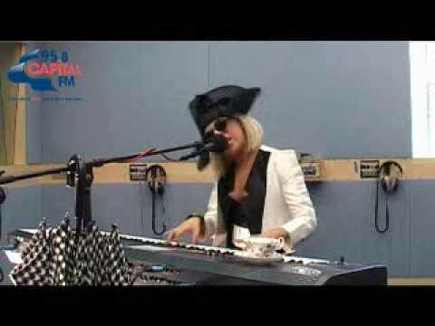 Lady Gaga - Paparazzi (Live Acoustic) - YouTube