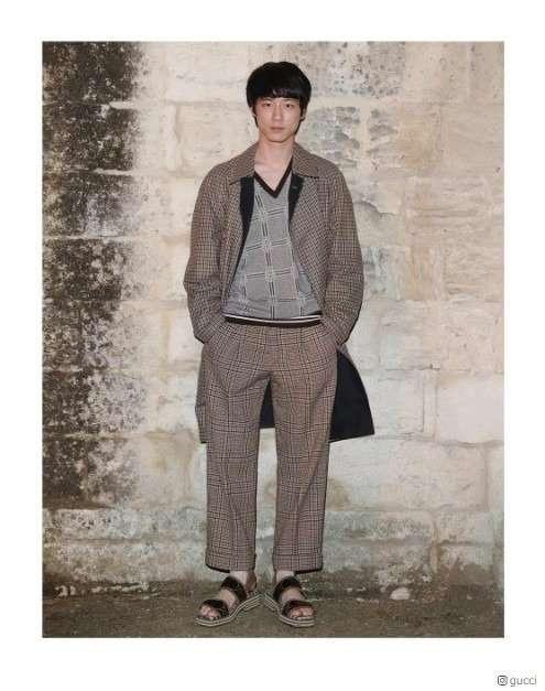 坂口健太郎&EXOカイ、日韓イケメンが「GUCCI」コレクションでフランス降臨 - モデルプレス