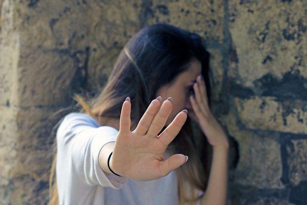 レイプ映像処分の見返りに「告訴取り下げ」要求 卑劣な実態に憤怒の声 – しらべぇ | 気になるアレを大調査ニュース!