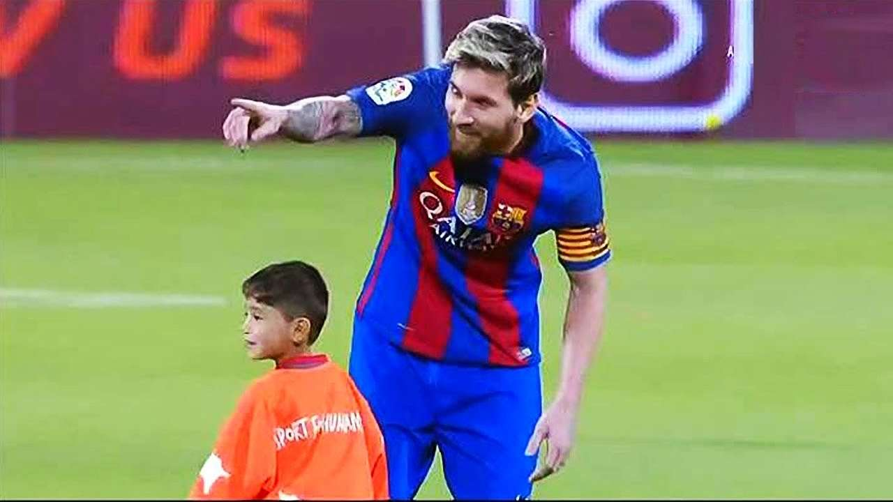 When The Little Ahmadi meets Lionel Messi ... - YouTube