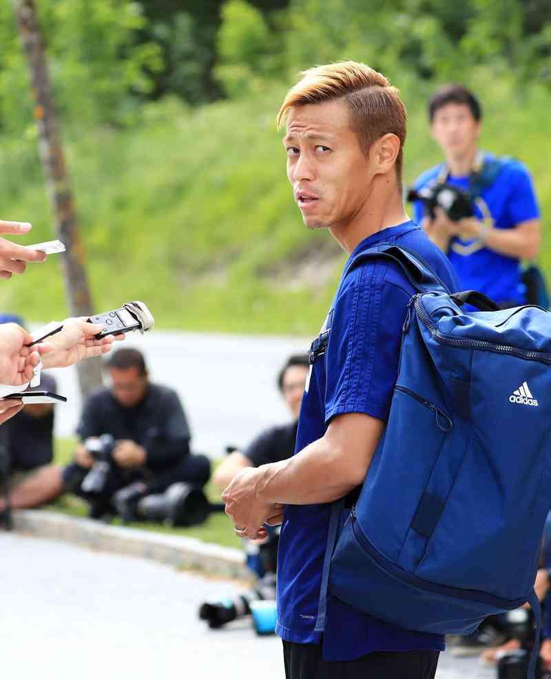 本田圭佑は「自信を過信に変えていく局面」と持論 - 日本代表 : 日刊スポーツ