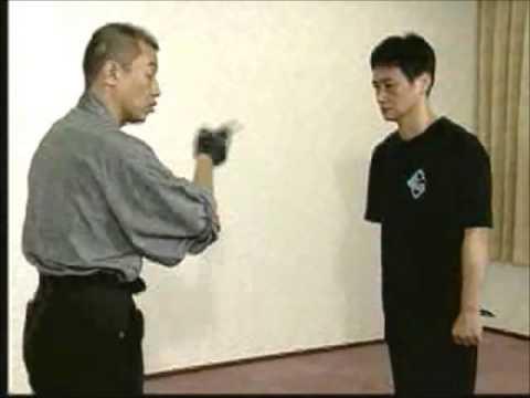 護身術 功朗法 ナイフ刺突 - YouTube