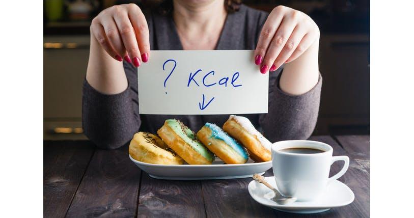 「食べてないのに太る」はウソ 1~2割は忘れている|ヘルスUP|NIKKEI STYLE