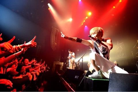 UVERworld「PRAYING RUN」   Brand New Vibeオフィシャルブログ「You are my Superstar!!」Powered by Ameba