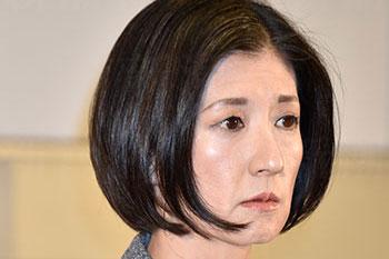 大塚家具「久美子社長」が泣いた日、幹部社員たちもビックリ仰天   デイリー新潮