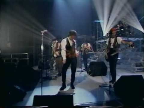 The Checkers - 鳥になった少年の唄 - YouTube