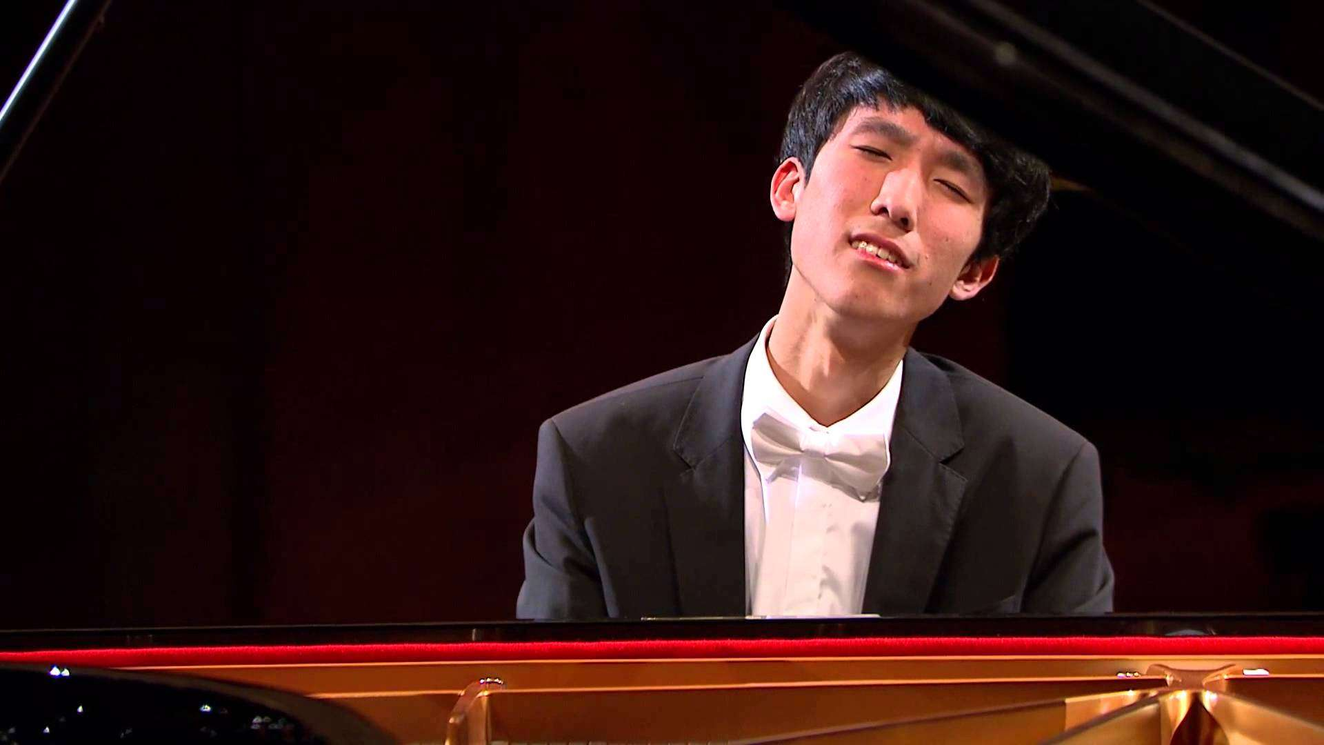 Eric Lu – Prelude in D flat major Op. 28 No. 15 (third stage) - YouTube
