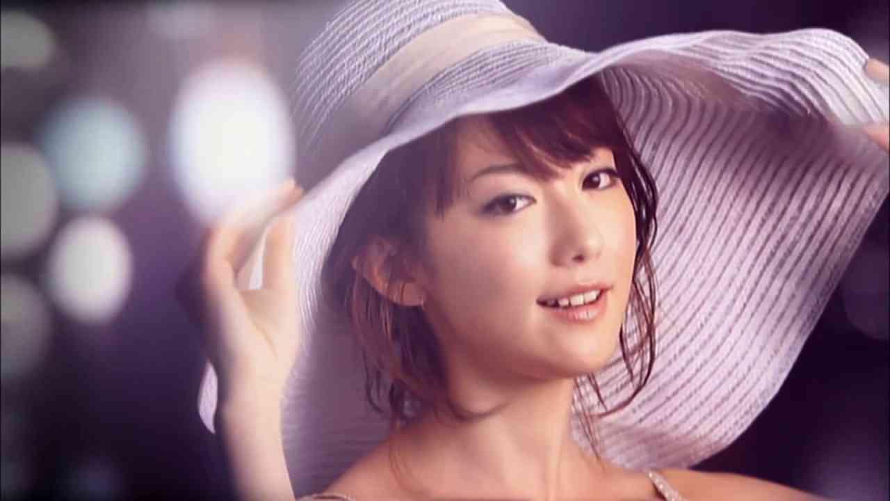 moumoon「Sunshine Girl」(Official Music Video) - YouTube