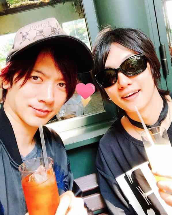 DAIGO&ゴールデンボンバー・喜矢武豊 パスタランチの2ショットに「カレカノかっ!」