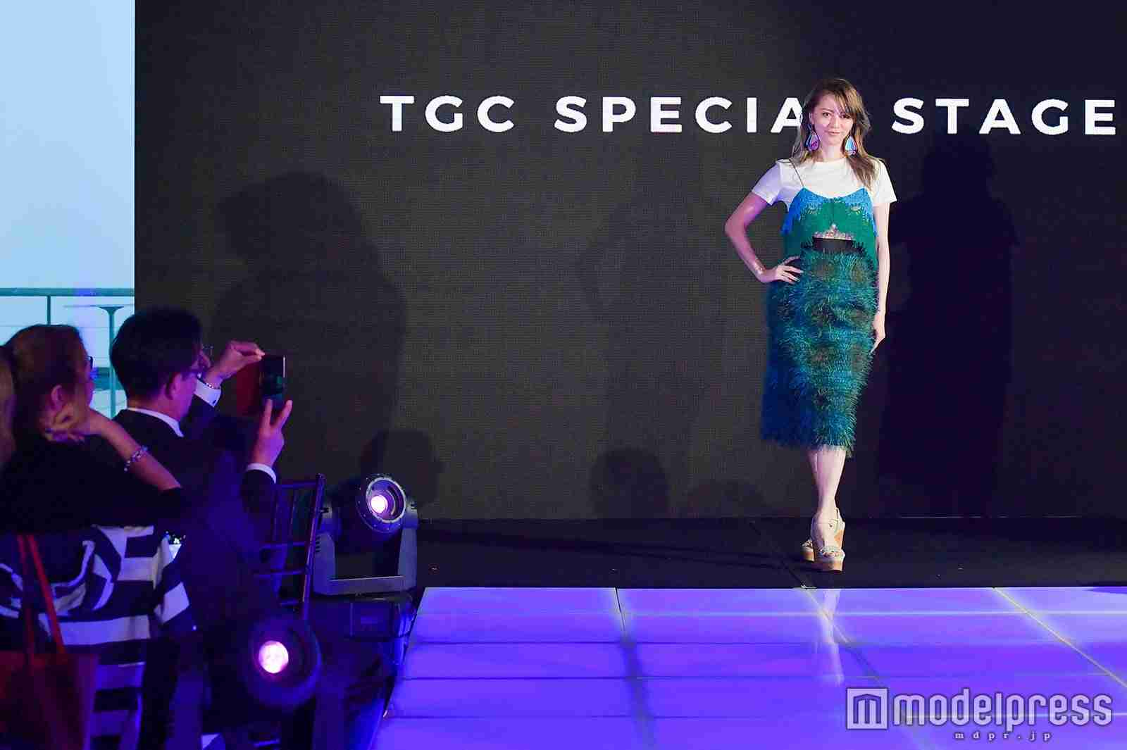 香里奈、ニューヨークでトップバッター飾る 「TGCファッションセレモニー at 国連DDR本部」