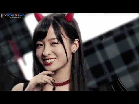 悪魔になった橋本環奈が微笑む ロート製薬『リップベビークレヨン』CM - YouTube