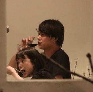 弘中綾香アナがワンオクToruとの熱愛報道認める、イジる若林に「バカ!」