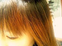 色落ちした髪をそのままにするのはNG。カラーリング後しばらく経った髪がどうなってるか知ってる?