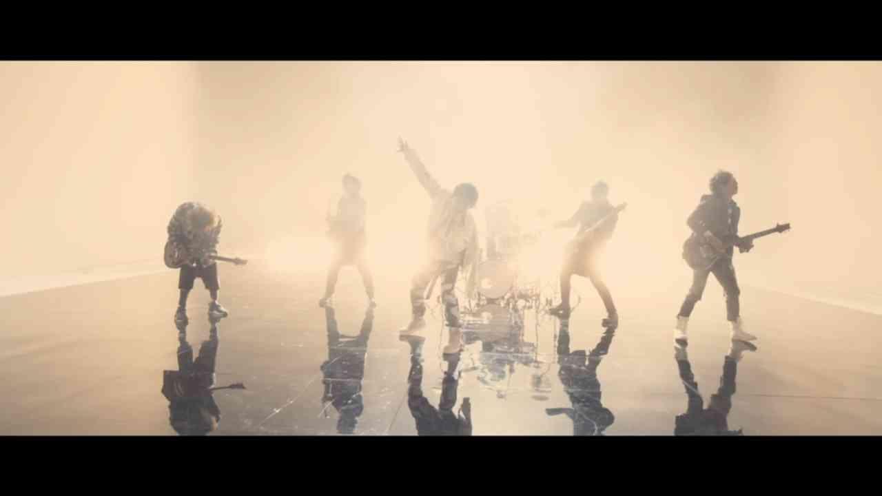 UVERworld 『一滴の影響 -ダブル・ライフ-』 - YouTube