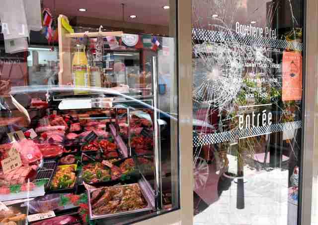 完全菜食主義者の肉屋襲撃が多発、政府に保護要請 仏