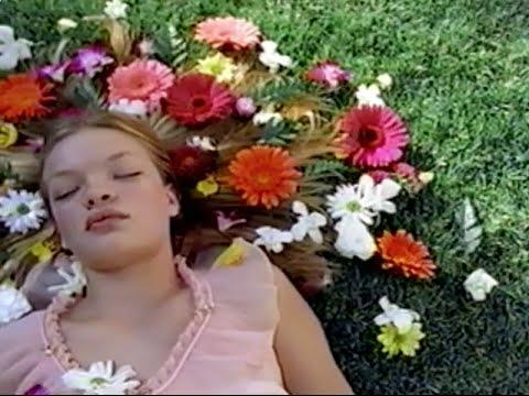 "【MUSIC VIDEO】Fantastic Plastic Machine (FPM) / Beautiful Days (2001 ""Beautiful."") - YouTube"
