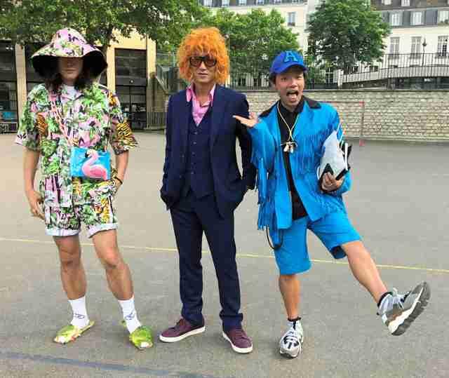 パリ・コレでも世界から注目 奇抜な日本人3人組の装い(朝日新聞デジタル) - Yahoo!ニュース