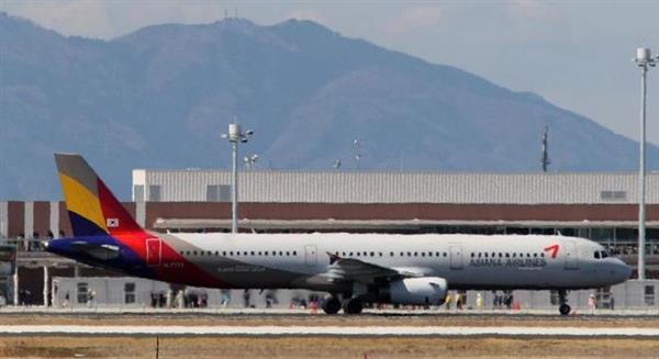 「機内食がない」韓国アシアナ航空で大混乱 業者選定で見通しの甘さ、下請け社長は自殺 - 産経ニュース