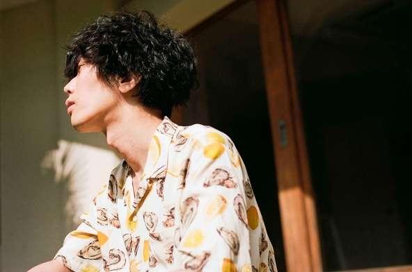 米津玄師の人気が凄まじいことに!「LOSER」MVが1億回再生突破、総合計再生回数は10億回以上 - music.jpニュース