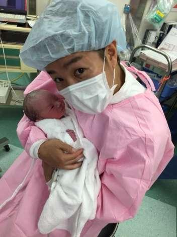 お笑いコンビ・響の小林優介に第1子女児誕生 名前は「ミツコ以外で考えます!」