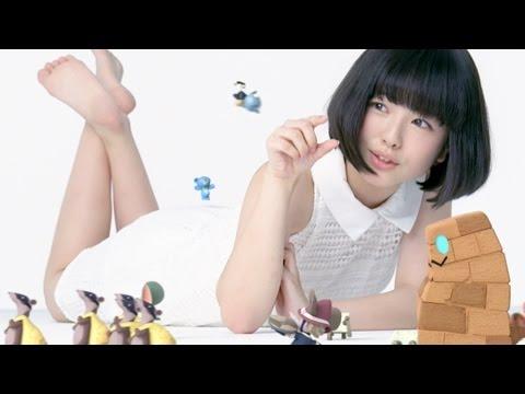 「あの花」めんま役 浜辺美波がCM出演 『リトルノア』新CM&メイキング映像公開 - YouTube