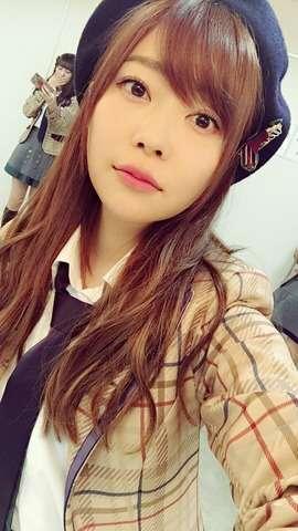 AKB48メンバーライブ中に落下し後頭部骨折の大事故 指原莉乃「本人の不注意が原因だから」→炎上  : 色々まとめ速報