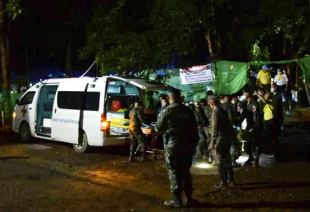 タイ洞窟で4人を救出したダイバー、次回救出作戦にも出動へ - ITmedia NEWS