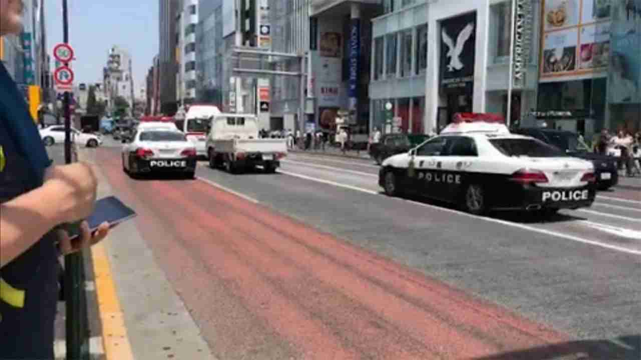 救急車のあとつけ...信号無視 トラック運転手を現行犯逮捕