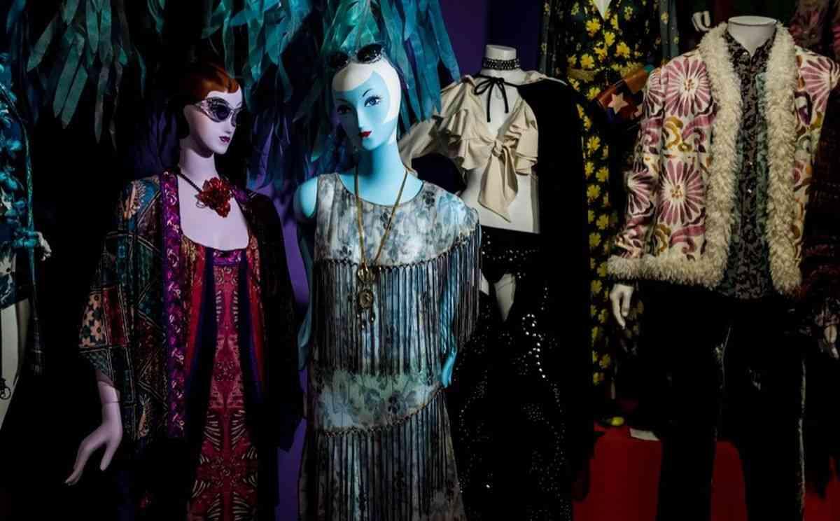 アナ スイがブランドの歴史を振り返る「THE WORLD OF ANNA SUI」展を開催。 ファッションニュース(流行・モード) VOGUE JAPAN
