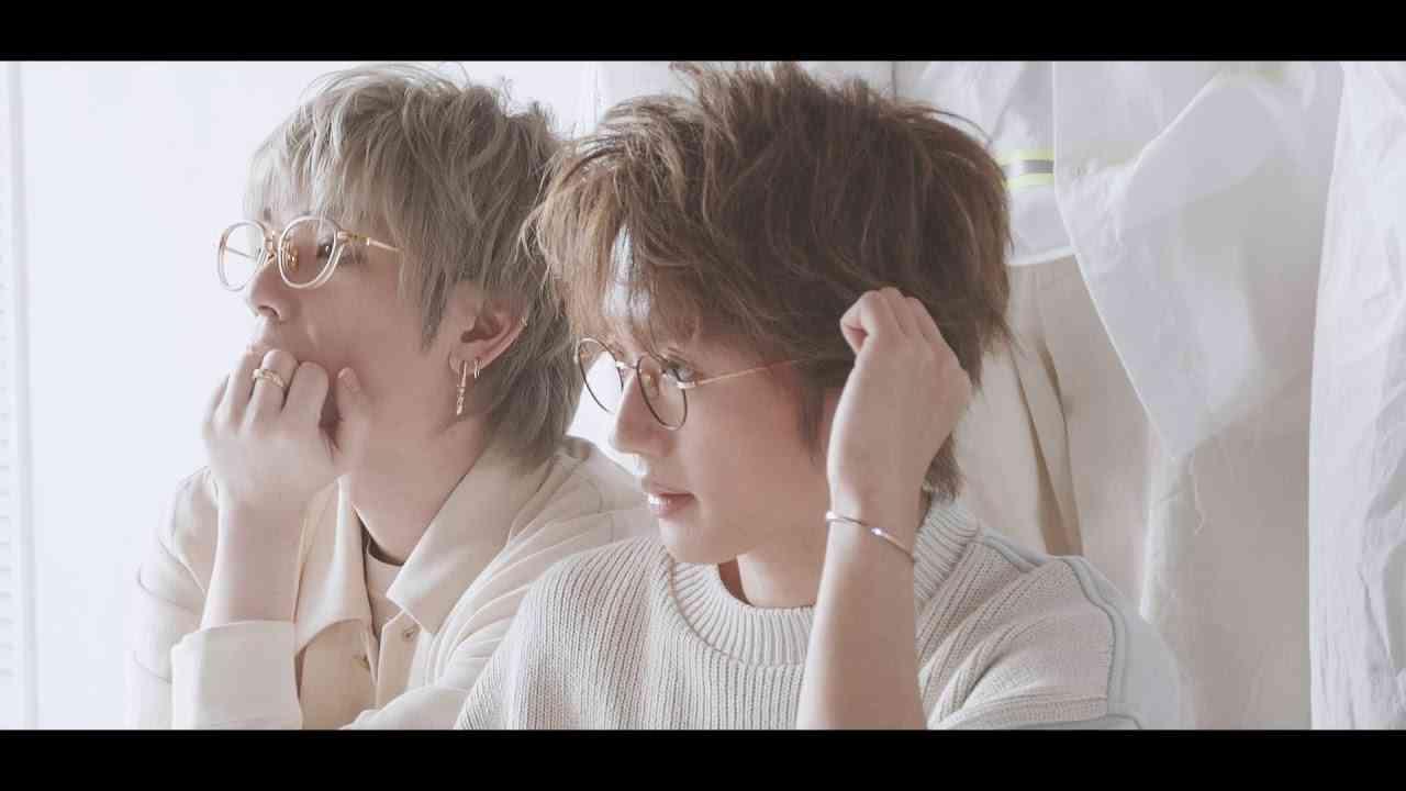 【with9月号の表紙にAAAが登場!】第一弾ティザー動画を公開! - YouTube