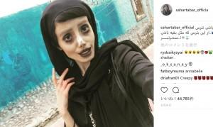 アンジェリーナ・ジョリーに憧れ50もの整形を繰り返した19歳女性(イラン)