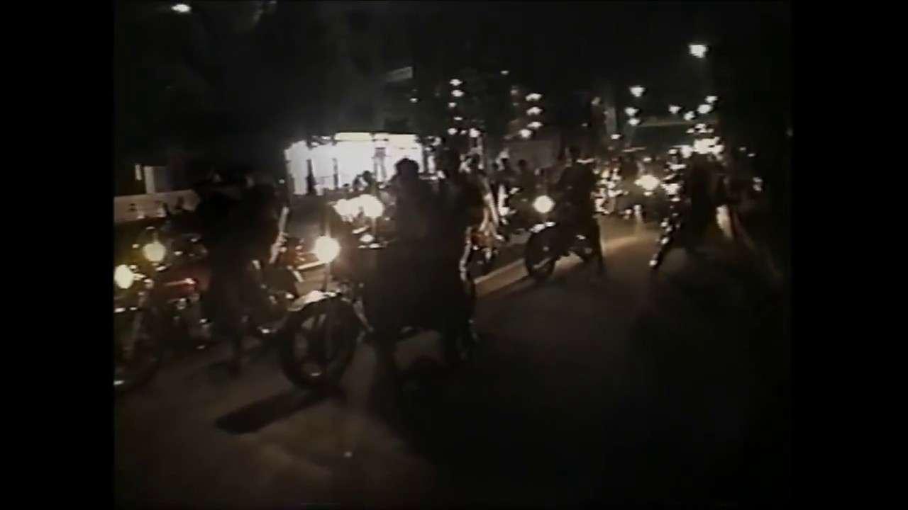 神奈川でもっとも過激と言われた横浜の暴走族 - YouTube