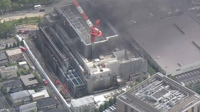 工事現場で火災 15人重傷 逃げ遅れの情報も 東京 多摩 | NHKニュース