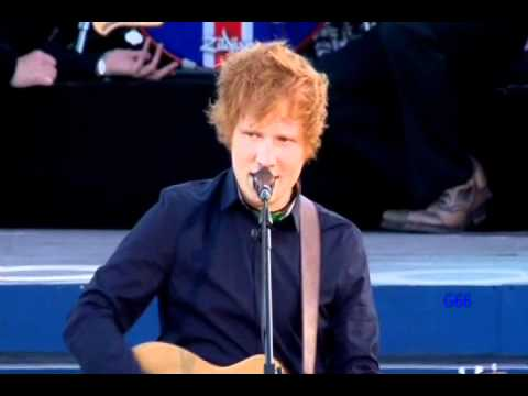 Ed Sheeran ~ The A Team (Diamond Jubilee Concert) ♚ - YouTube